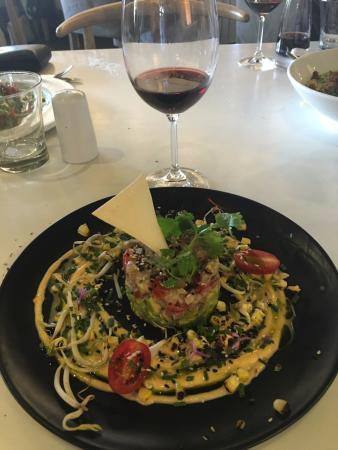 Constantia, Sudáfrica: Tuna Ceviche...fresh and delicious. Highly recommend.