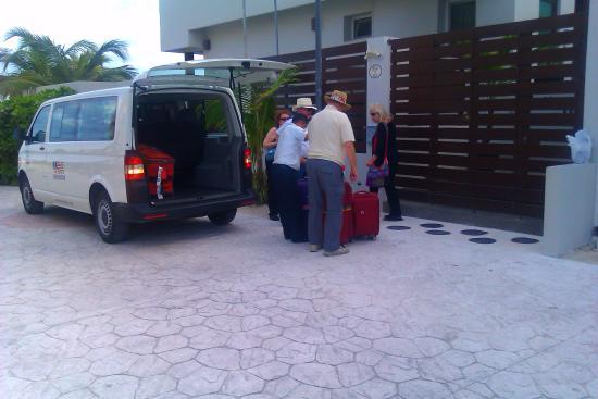 Amar Inn B&B: arrival from airport by van amar inn b and b seaside puerto morelos