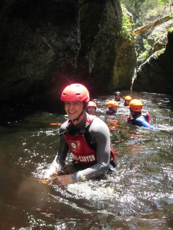 The Crags, Sudáfrica: wading with AfriCanyon