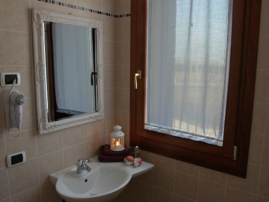 Agriturismo Ai Carpini: camera lavanda