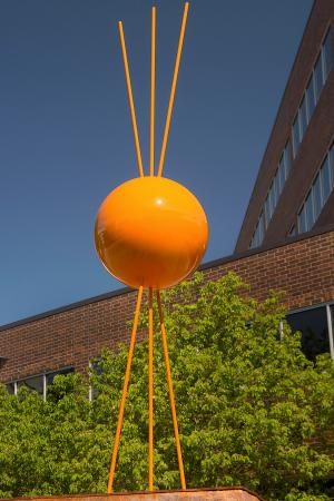 "SculptureWalk Sioux Falls: ""Here Comes The Sun""  Eluisa Altman Sculptor"