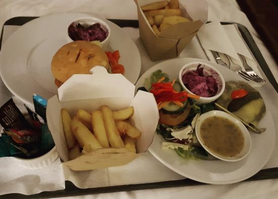 Chesham, UK: room service, was delicious