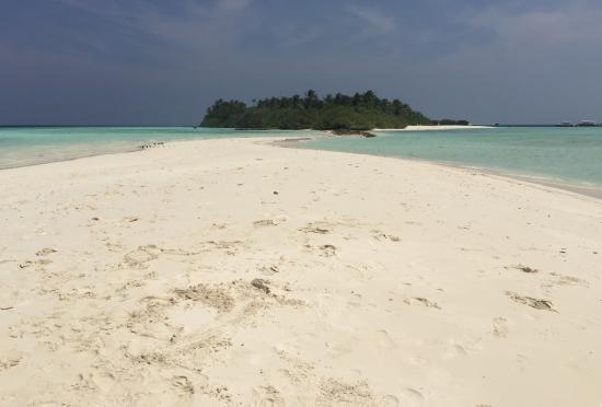 Asdu Sun Island: La lingua di sabbia