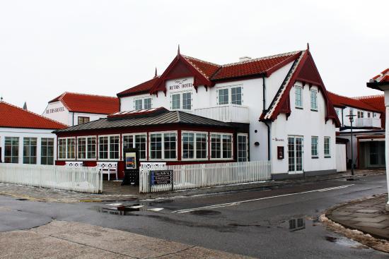 Ruths Hotel Photo