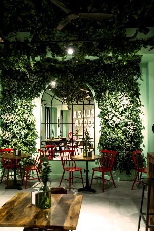 El Rincón Más Romántico De Plaza Goya Picture Of Plaza