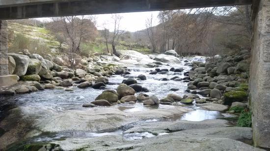 Bohoyo, İspanya: Vistas desde el restaurante