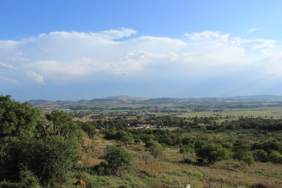 Eagles Nest Estate Guest House: Stunning view from Eagle's Nest Estate Guest House