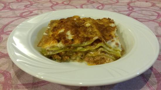 Castelfranco Emilia, Italia: Lasagne verdi alla bolognese