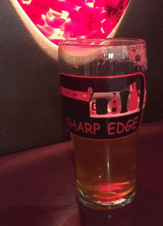 Sharp Edge Beer Emporium : Draft beer at Sharp Edge