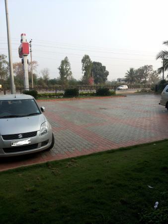 Vaishali: Parking area