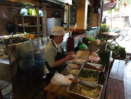 Vy's Market Restaurant & Cooking School: photo3.jpg