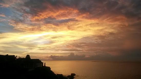 Sunset Villas: 20160208_184927_large.jpg