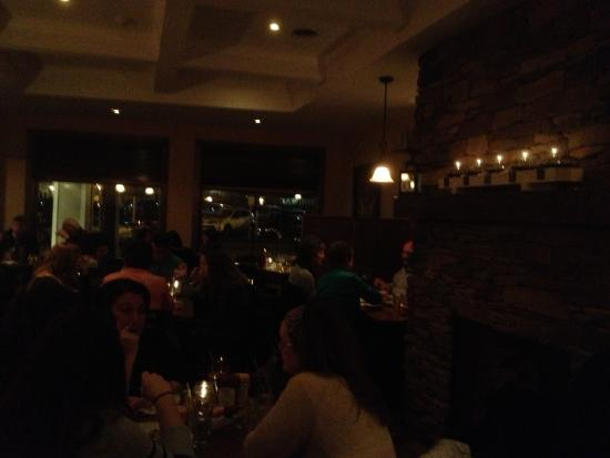 Fairport, NY: Mulconry's - dark view of dining room