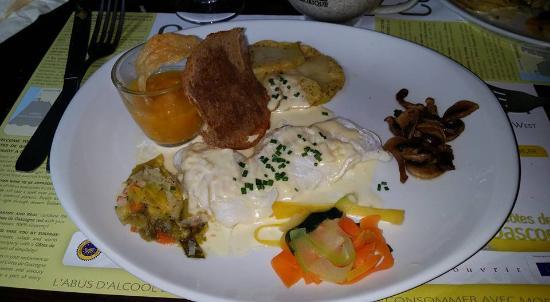 Baden, Francia: Cabillaud au beurre blanc