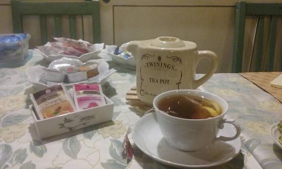 B&B La Casa dei Tintori: wide tea collection