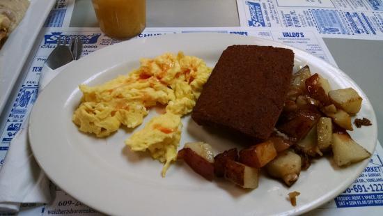 Rio Grande, NJ: Two eggs, potatoes and scrapple