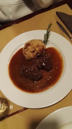 Al Piron : goulash con patate in tecia
