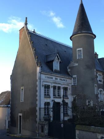 École de langues CSur de France : Back entrance of the school.