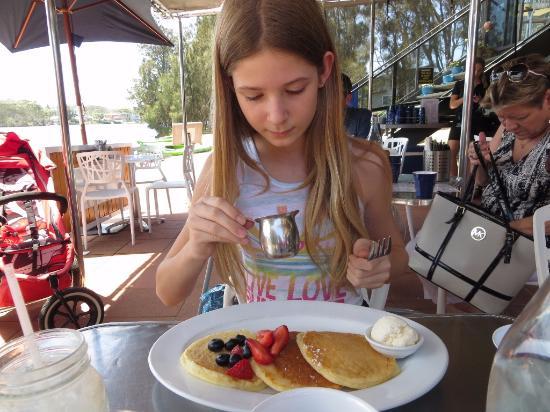 Narrabeen, Australia: Buttermilk pancakes