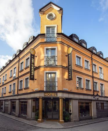 Master Johan Hotel: Exterior View