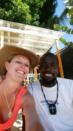 Holetown, Barbados: Great guy Freddie