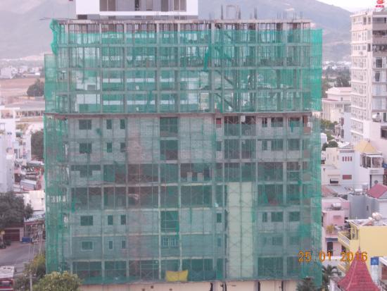 Nha Trang Beach Hotel: вид с лоджии с 10 этажа отеля