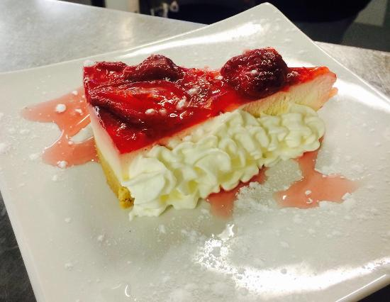 Noahs Ark: Strawberry cheesecake!!