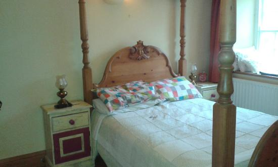 Riverside Bed and Breakfast: 20160208_094844_large.jpg