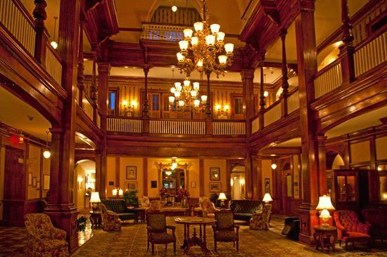 Americus, GA: Windsor Hotel Lobby