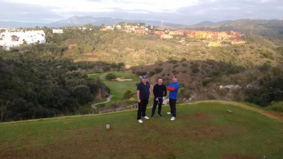 Cabopino Golf Marbella: the massive drop hole three cabopino, stay right or your tree bound.