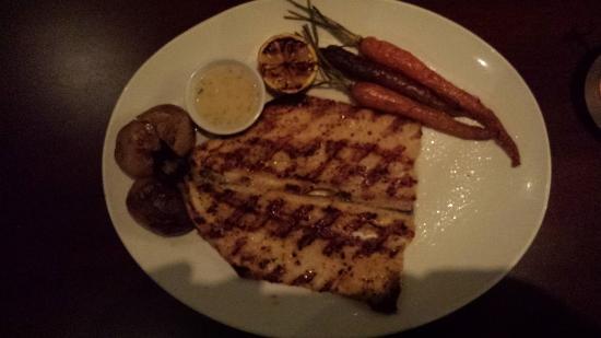Dunwoody, GA: Roased Salmon