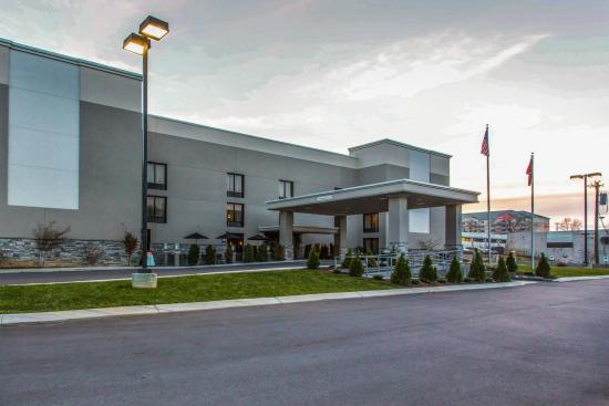 Photo of Quality Suites Nashville Airport
