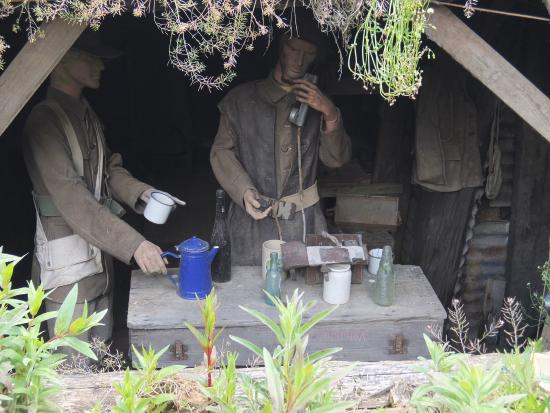 Le Tommy, Pozieres re-created trenches [2]