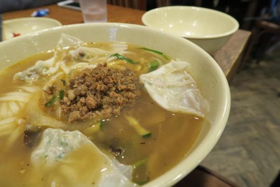 Myeongdong Kyoja Main Restaurant : 明洞餃子 本店