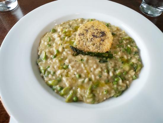 Harding's Restaurant: Spring Onion and Asparagus Risotto