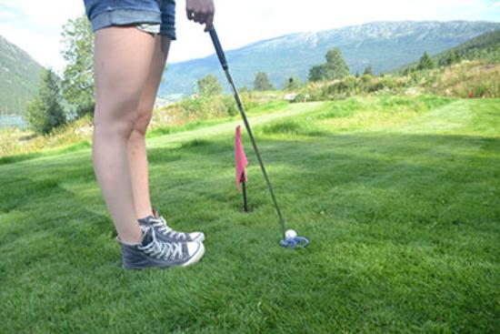 Lom, Norvegia: Puttinggolf