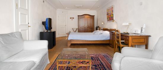 Master Johan Hotel: Superior Room