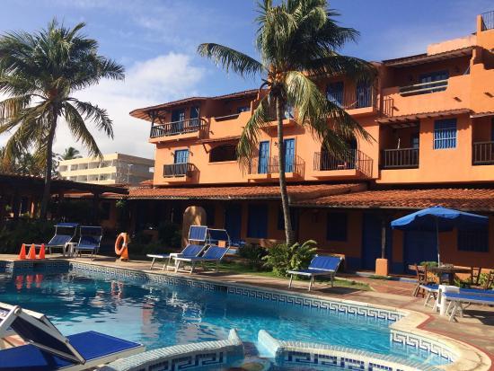 Costa Linda Beach: Hotel Costa linda playa el agua excelente hospedaje