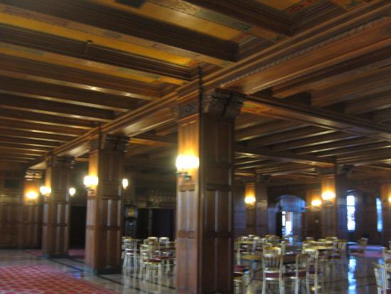 Scottish Rite Cathedral: Beams