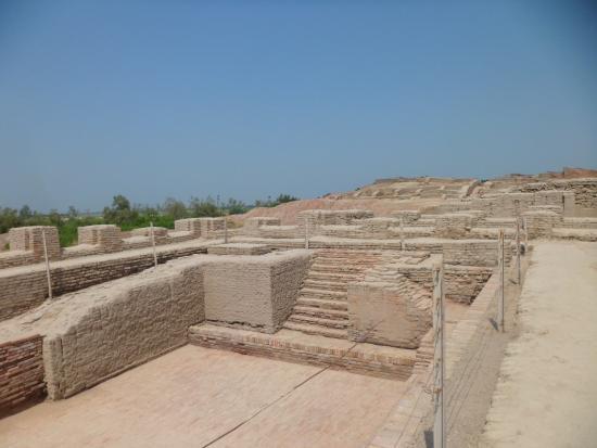 Ranipur, パキスタン, 遺跡内1