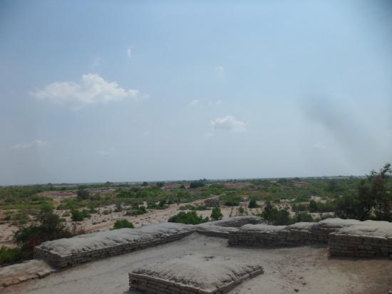 Ranipur, Pakistán: 遺跡からの眺め
