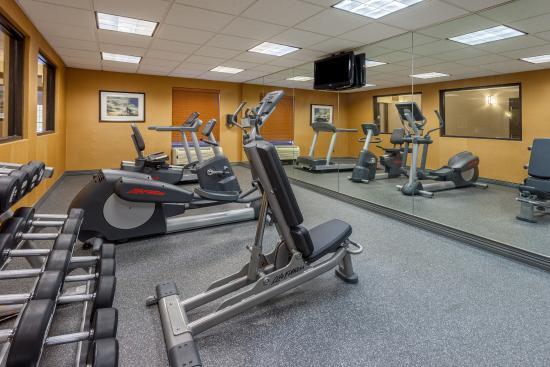 Largo, MD: Fitness Center