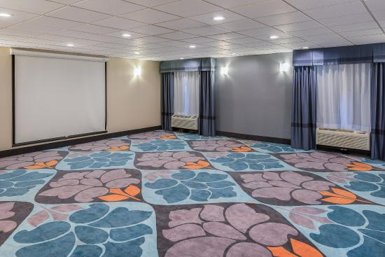 Largo, MD: Meeting Room