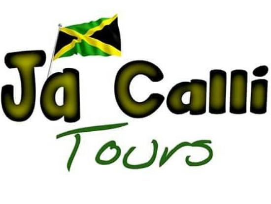 Strawberry Hill: An experience Jay calli tours gives two thumbs up on our tour guide tours and the food was wonde