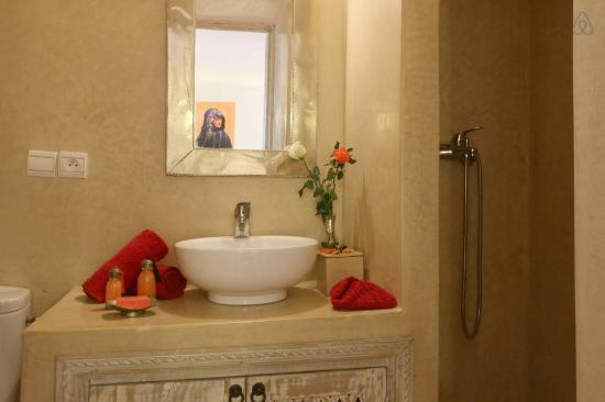 Riad dar Zaynab : Produits toilette