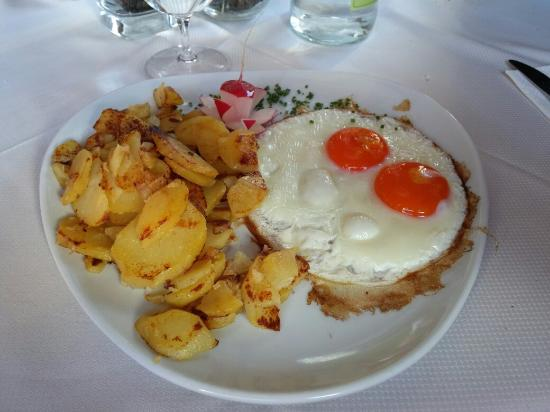 Hotel Val: Patate e uova della prelibata cucina del Val!!!!!