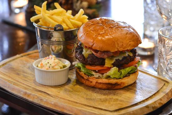 Holmes Chapel, UK: Busty Burgers