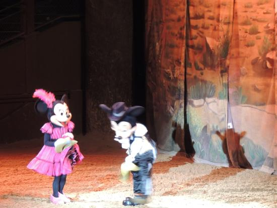 Minnie Mouse und Mickey Mouse  Picture of Buffalo Bills Wild
