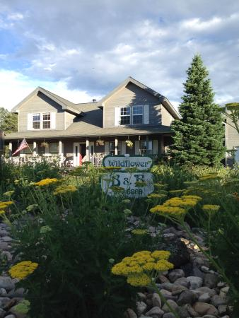 Angel Fire, NM: Wildflower B&B