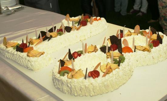 San Martino in Campo, Italia: La torta tutta panna dei 18!!